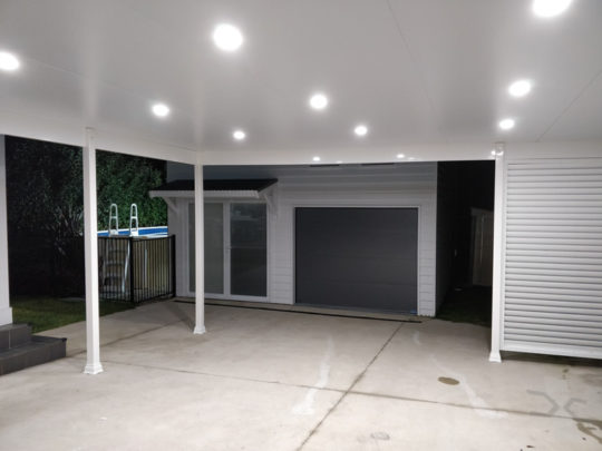 Insulated Carport with Louvre privacy screen at Sydney